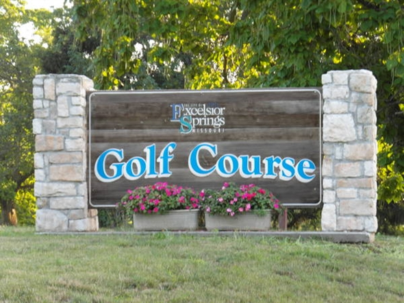 The Excelsior Springs Golf Course is located on the East Side of Town and was opened in 1915.