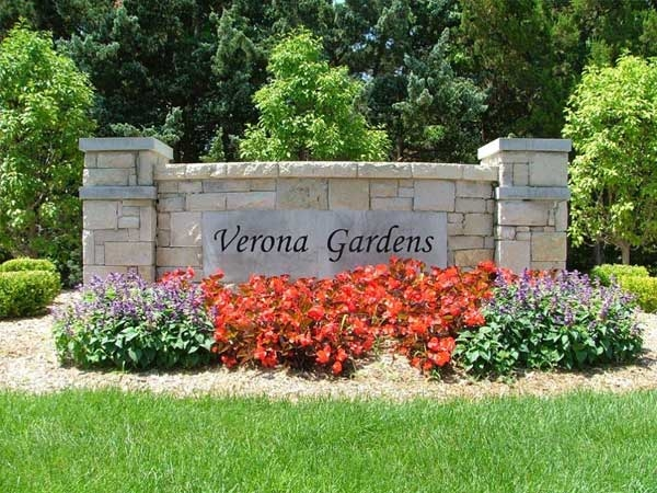 Verona Gardens Entrance marker