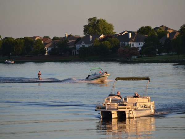 Raintree Lake - Skiing and Boating Paradise