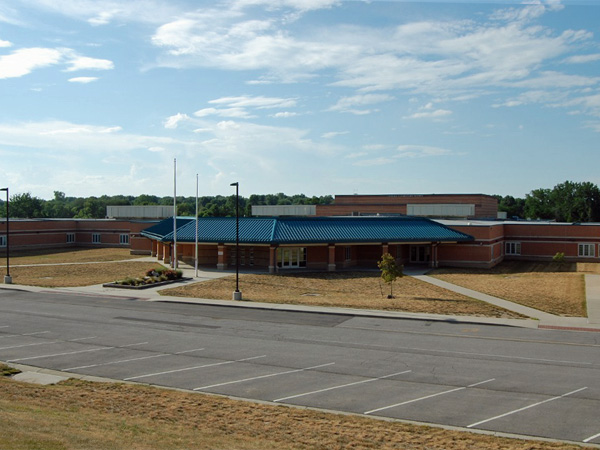 Lansing Elementary School: Serves The Meadows/Angel Falls/Adams Acres/The Maples