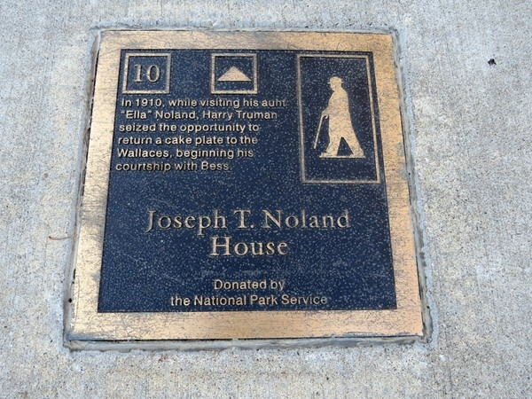 Plaque at the historic Noland Home in Independence