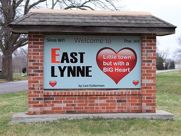 East Lynne - little town with a big heart