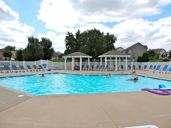 Bridlewood Community Pool