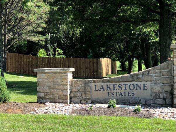 Welcome to Lakestone Estates