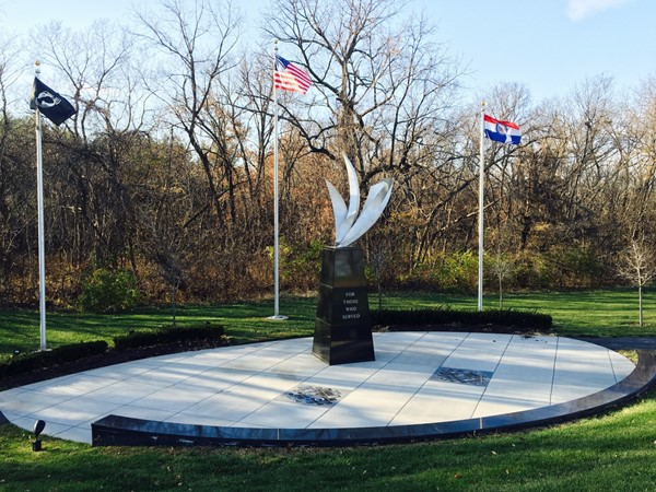 Military Memorial at Pink Hill Park