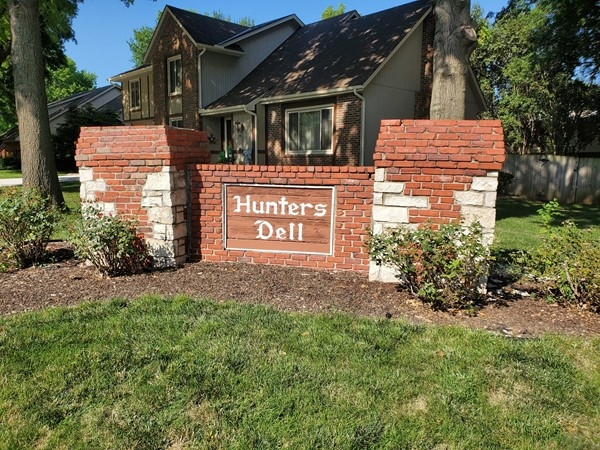 Hunter's Dell is close to area lakes