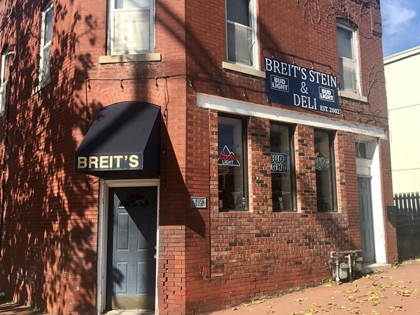 Breit's Stein & Deli - In the heart of Strawberry Hill