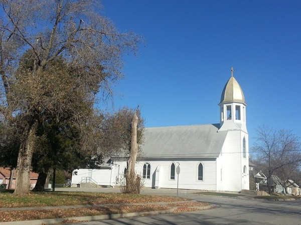 A gold domed church in Edgerton