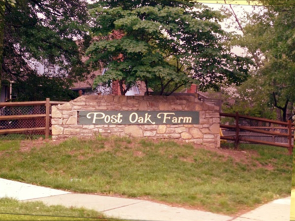 Near the beautiful Shawnee Mission Park, great schools and easy access to I435 and I35.