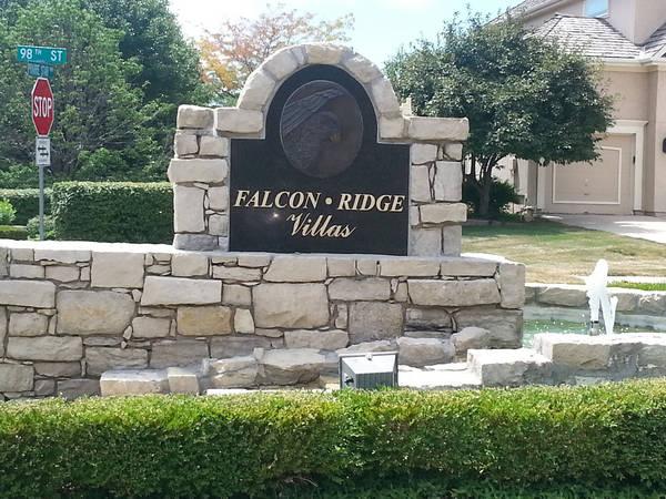 Falcon Ridge Villas