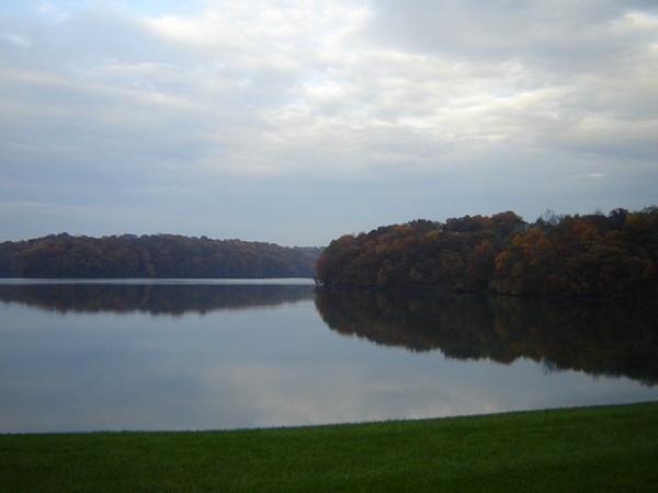 Beautiful Riss Lake during the gorgeous Kansas City fall season