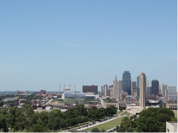 Downtown Kansas City from the Park Reserve Condominiums