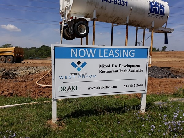 Mixed Use Development near Interstate 470 and Pryor in Lee's Summit