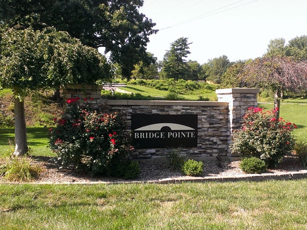 Bridgepoint - just east of Barry Road and N. Oak