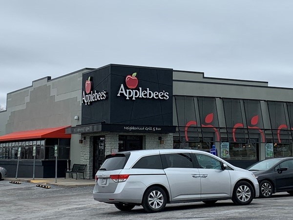 Applebee's in Gladstone