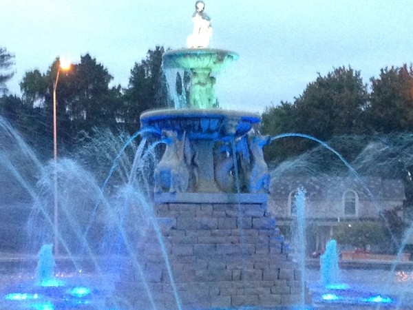 Beautiful fountain on Ward Parkway and Meyer Circle