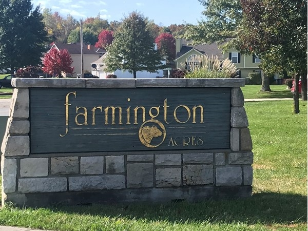 Entrance to Farmington Acres