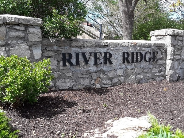 Welcome to River Ridge Farms West Community