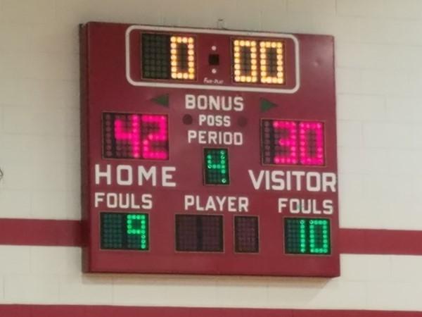 Richmond girls basketball tournament. Grain Valley girls won