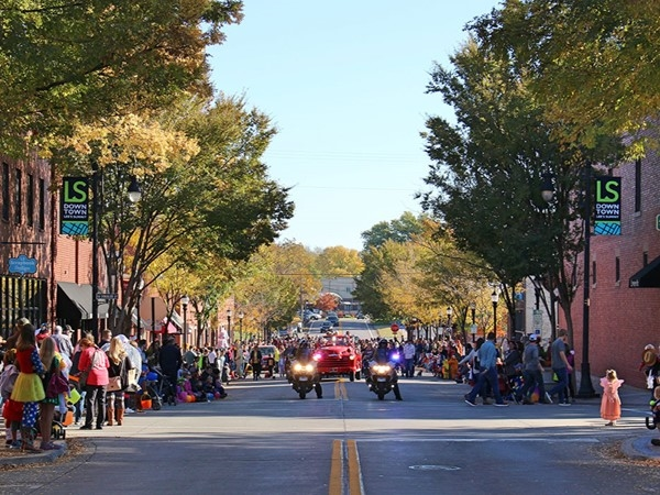 Lee's Summit was recognized as One of The Great Neighborhoods In America