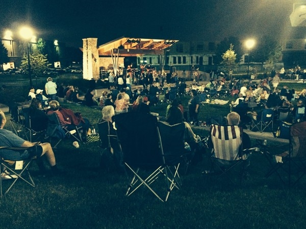Bring your lawn chairs for free Friday night concerts at Linden Square
