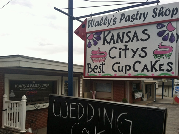 Wally's Pastry Shop 3855 N Oak Trafficway
