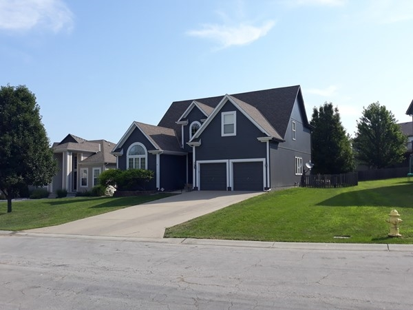 Manicured lawns and homes in Windemere Subdivision