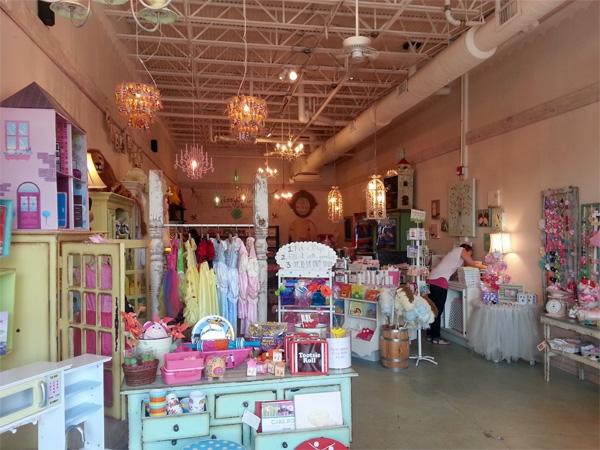 Lauren Alexandra's Boutique in Briarcliff Village