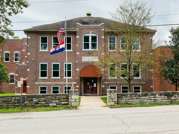Greenwood Elementary School was built in 1910