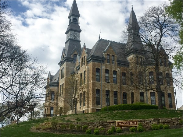 Mackay Hall at Park University