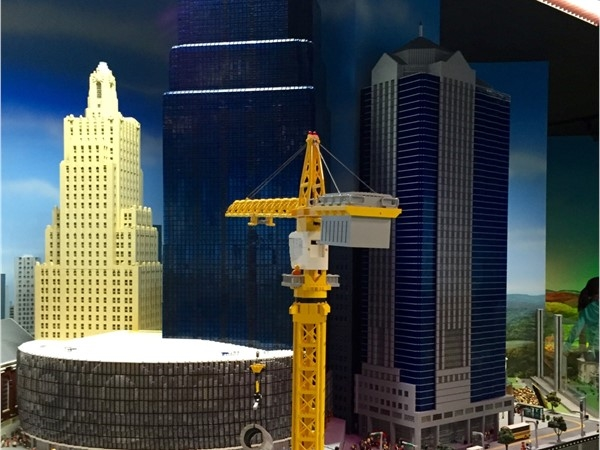Lego crane with Sprint Center