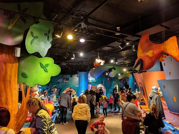 Kaleidoscope, located at Crown Center, is a free art and creativity destination for kids and family
