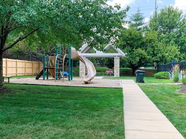 Hampton Place playground and shelter