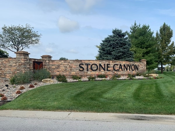 Beautiful golf course community in Blue Springs. Near the elementary and middle schools