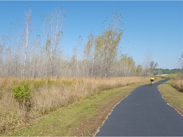 Fall is definitely here on the riverfront trail.  Great colors