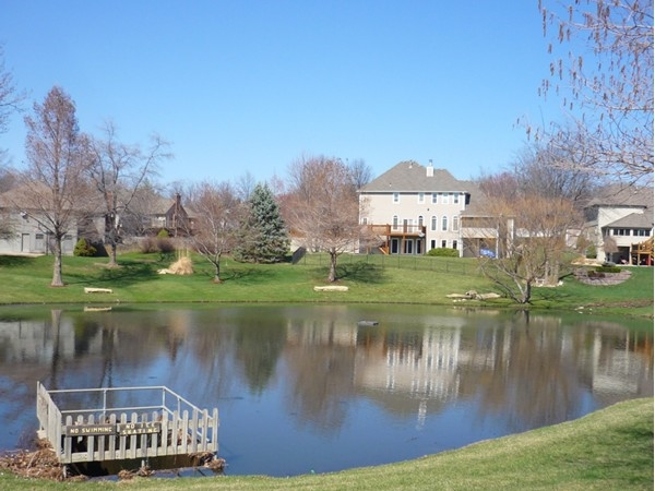 The lake at the entrance to Somerset Estates