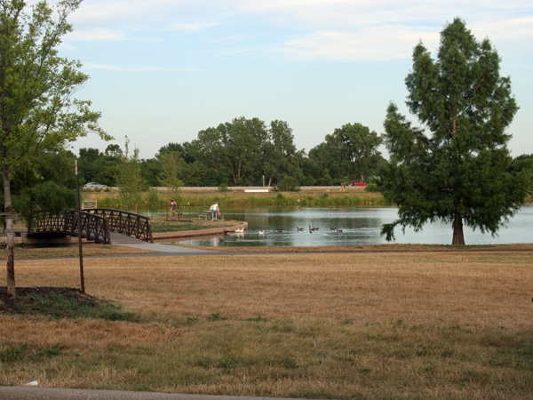 Kingston Lakes Park