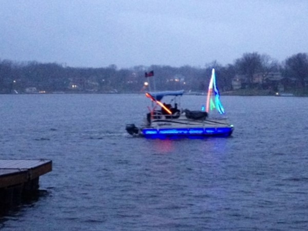 The day after Christmas, rain can't dampen the holiday spirit on Weatherby Lake