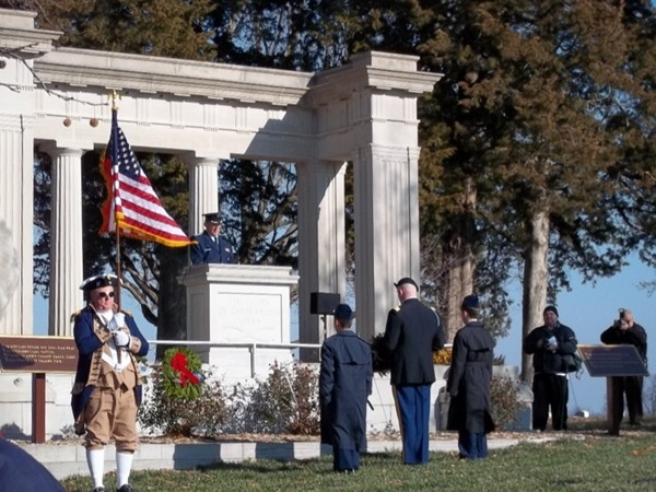 SAR presents Wreaths for Armed Services