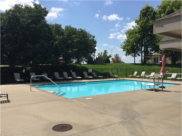 North Brook offers two neighborhood pools to enjoy