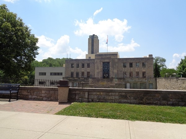 Historic Hall of Waters in Excelsior Springs, MO