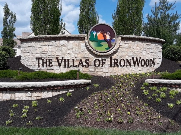 The Villas of Ironwoods Community in Overland Park