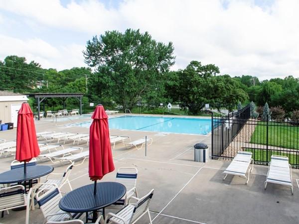 Bridgepointe pool