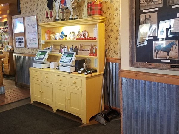 Kelley's reflects the owner's love of horses as customers enjoy good food, great prices, and pie