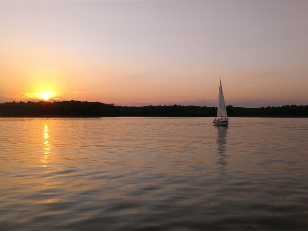 A Sunset Sail at Beautiful Smithville Lake