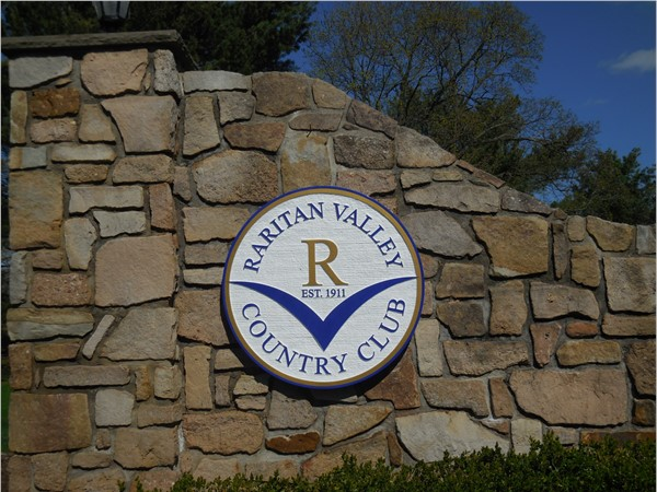 Raritan Valley Country Club was organized in November of 1911. Get your rounds of golf in