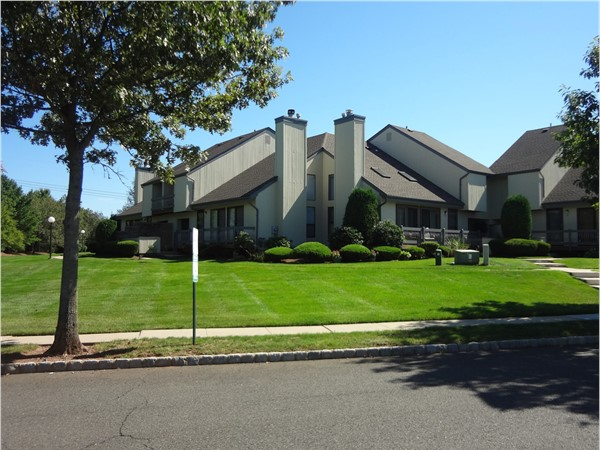 Whitehall manor development real estate homes for sale for Contemporary houses for sale in nj