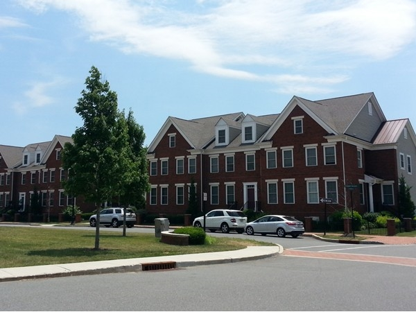 Plainsboro Village townhomes right next to the library and restaurants