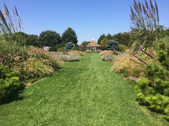 Perennial Garden at Colonial Park