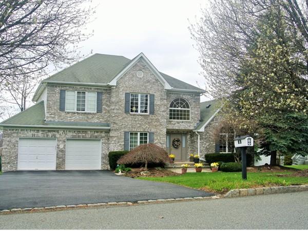 Impressive homes in Applewood